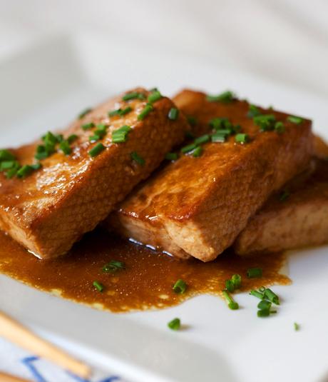 Tofu teriyaki amb tartar d'algues