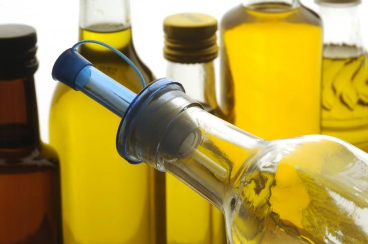 Aceite de oliva Olio d'oliva ελαιόλαδο Olive oil
