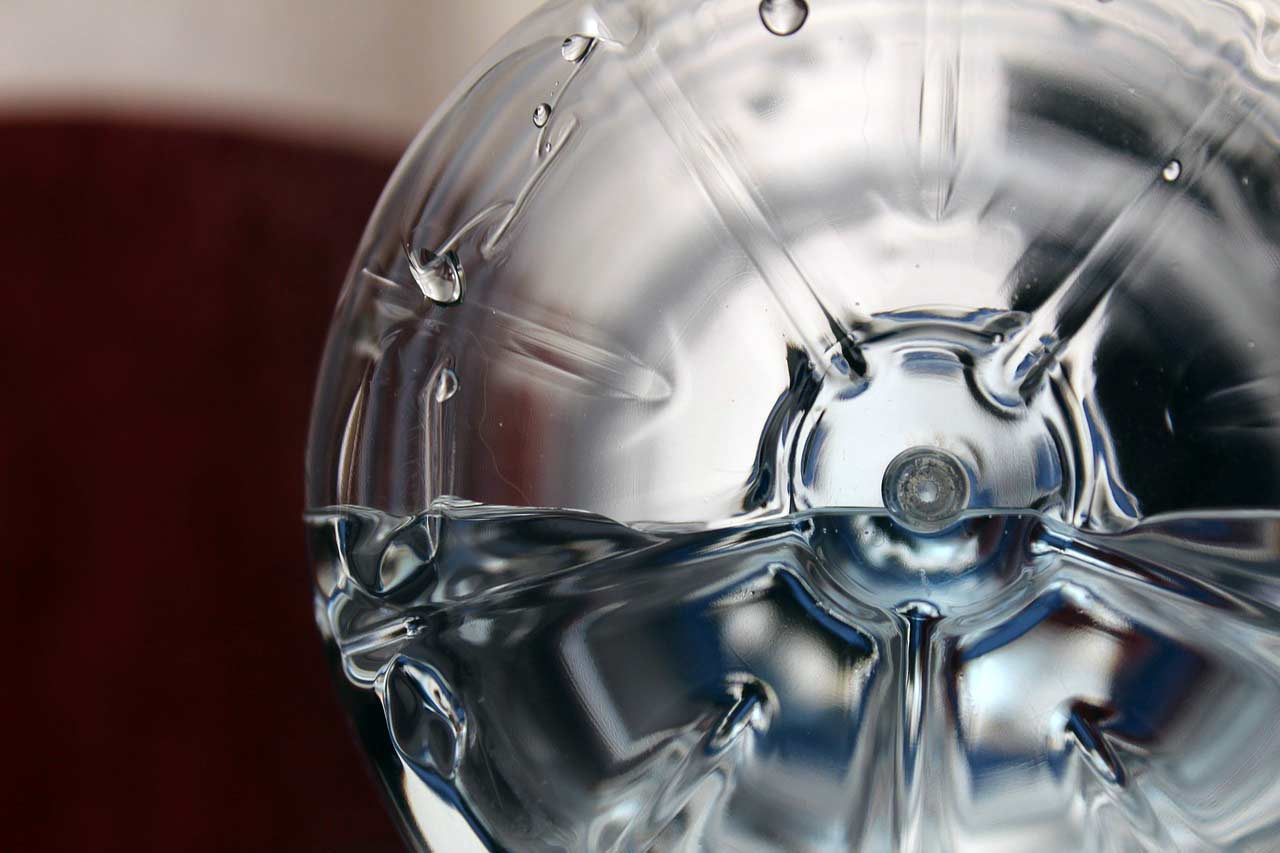 Per què has de sortir de casa amb una ampolla d'aigua reutilitzable i lliure de BPA