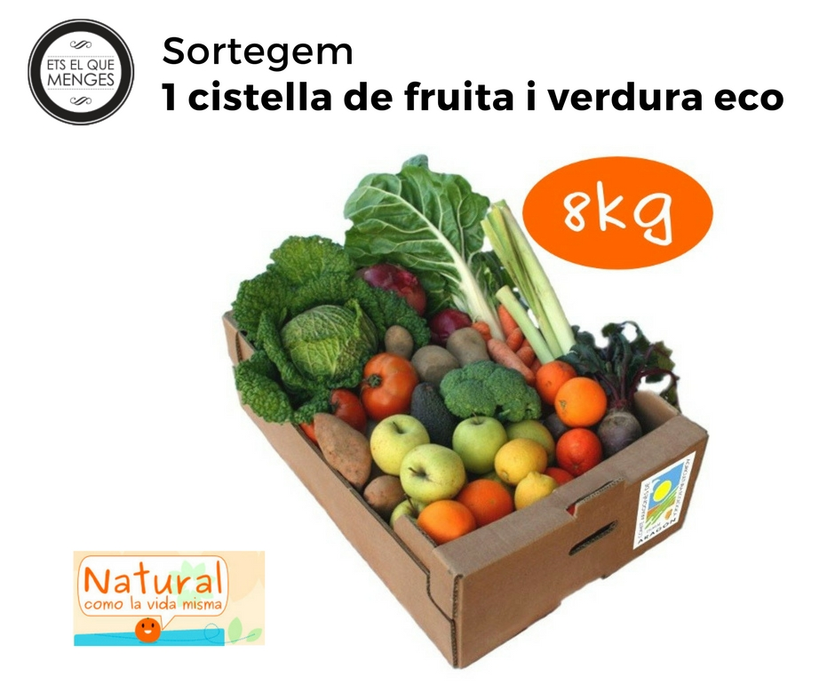 Sortegem una cistella de fruita i verdura ecològica