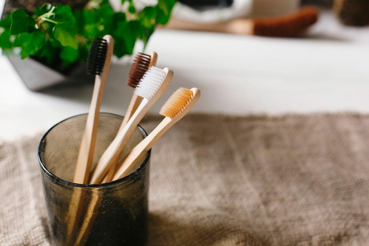 Sí, el raspall de dents també ha de ser ecològic