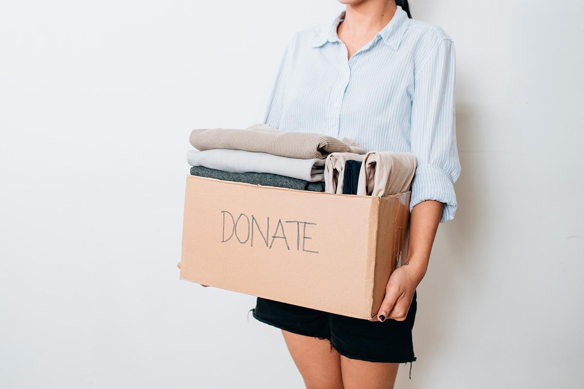 Veritas aprofita la venda en línia per oferir un servei gratuït de recollida de roba a domicili