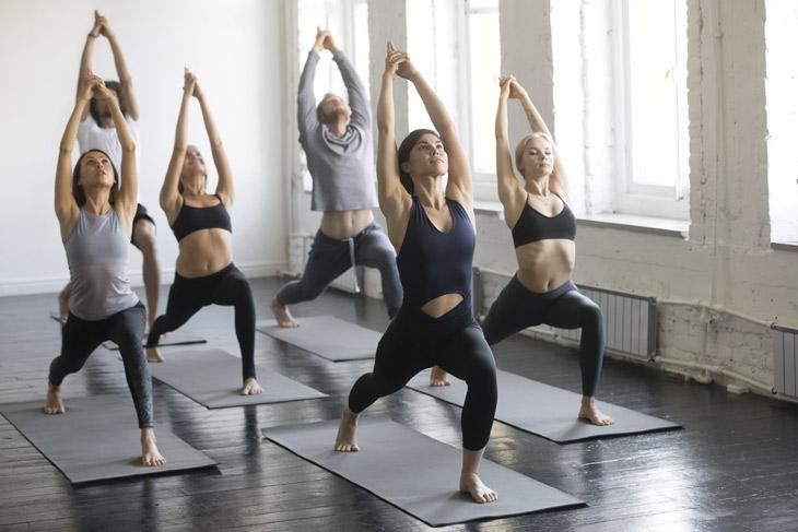 Pratcica yoga para unas articulaciones flexibles