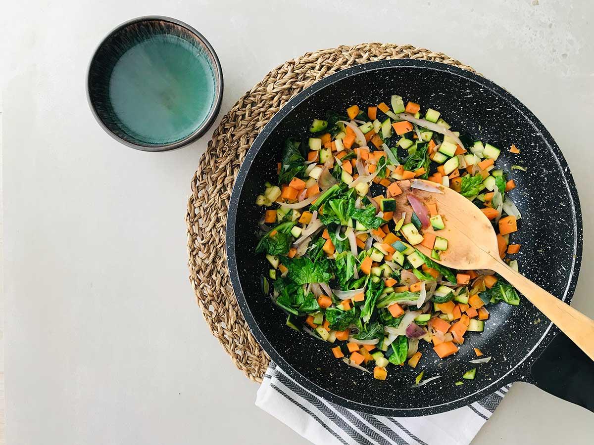 Crep de pèsols amb verdures dolces i salsa de quefir