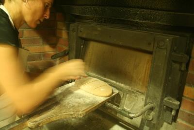 Nani Moré, al seu forn ecològic de Mataró