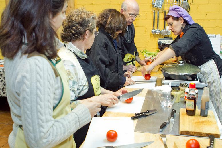 foto Maria Pilar Ibern, gavina, escriptora i professora d'alimentació vegetariana - 1