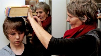 """Fotograma del documental """"Rawer"""""""
