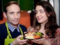 Xènia Elias i Ben Cañada, especialistes en cuina saludable i distribuïdors de parament de cuina