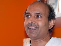 Sudhakar Powar, metge ayurvèdic