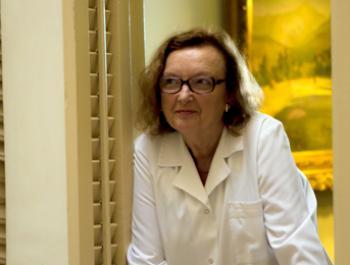 Doctora Carme Valls, endocrinòloga i especialista en salut femenina
