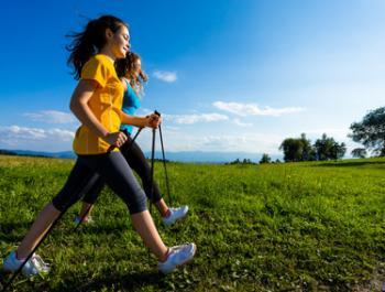 La marxa nòrdica: exercici suau, moderat o intensiu amb grans beneficis
