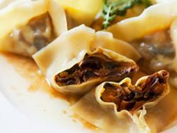 Raviolis freds de carabassa i xampinyó