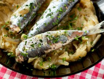 Sardines amb ceba
