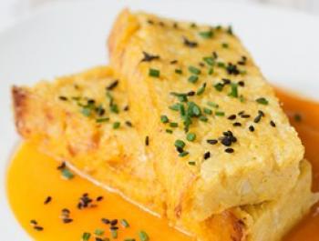 Pastís de mill i coliflor amb crema de carbassa