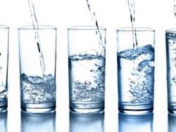 He de beure aigua fins i tot si no tinc set?