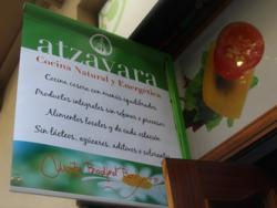 Atzavara, cuina vegetariana creativa i cuina natural i energètica. Tu tries!