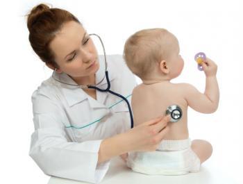 Frena els mocs infantils amb la fisioteràpia respiratòria infantil