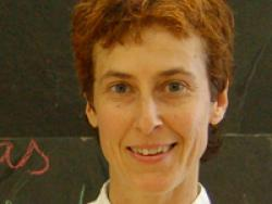 Montse Vallory imparteix un curs de cuina teoricopràctic per enfortir els ossos