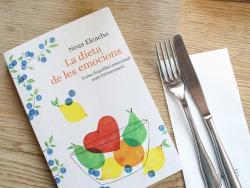 """Neus Elcacho, dietista integrativa i autora de """"La dieta de les emocions"""""""