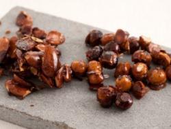 Fruita seca caramel·litzada