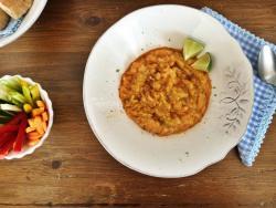 Harissa-hummus de llentia vermella i pica-pica saludable