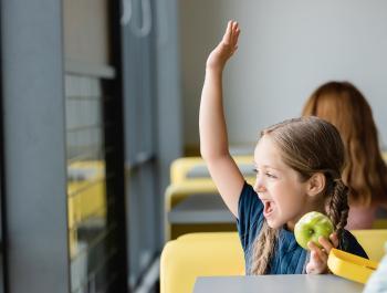 Entre tots, fem que els menjadors escolars siguin més sans i sostenibles