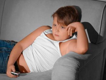 Es vincula directament l'obesitat infantil amb l'ús abusiu de pantalles