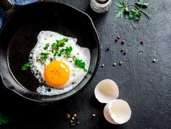 Qui va ser primer: La gallina o l'al·lèrgia a l'ou?