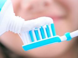 Pasta de dents amb fluor? No, gràcies