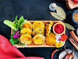 Deliciosos pastissets hindús de patata prebiòtica i quètxup antioxidant casolà