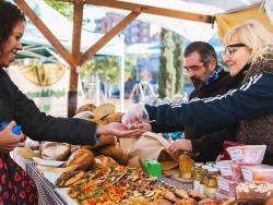 """""""Els vespres al Mercat"""" de Slow Food tornen al Poble Sec a partir del dimarts 5 de juny"""