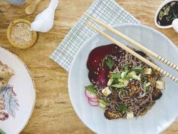 Fideus soba amb xiitakes i salsa japonesa de soja i kombu