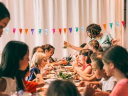 Cuina ecològica, aventura natural i anglès: us donem la benvinguda al Veritas Cooking Camp!