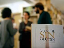 """Gemma Bes, David Tallón i Marina Pont. Nutricionista i autora del llibre """"Vivir sin gluten"""" i propietaris de la botiga Free Food"""
